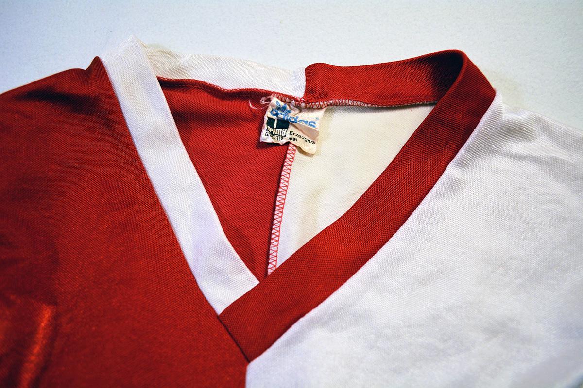 1980 - 1981, Adidas Erima Feyenoord Thuisshirt, Nr. 17 (5)