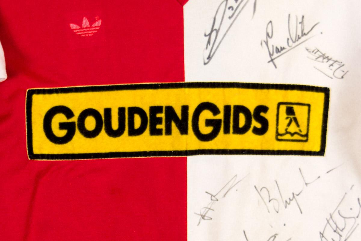 1982 - 1983, Feyenoord matchworn Gouden Gids thuisshirt