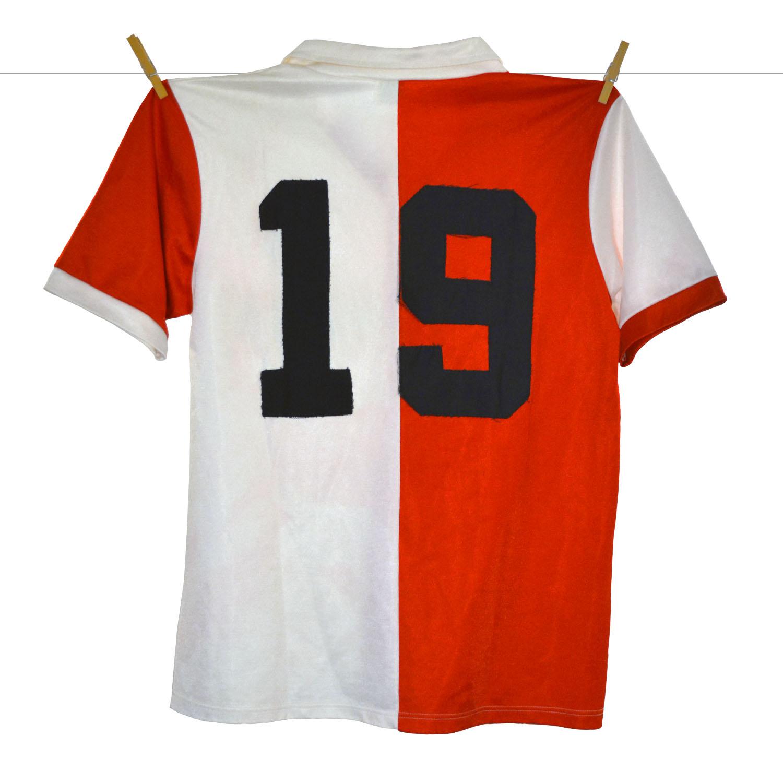 1983 - 1984, Matchworn PUMA Feyenoord Thuisshirt, Gouden Gids