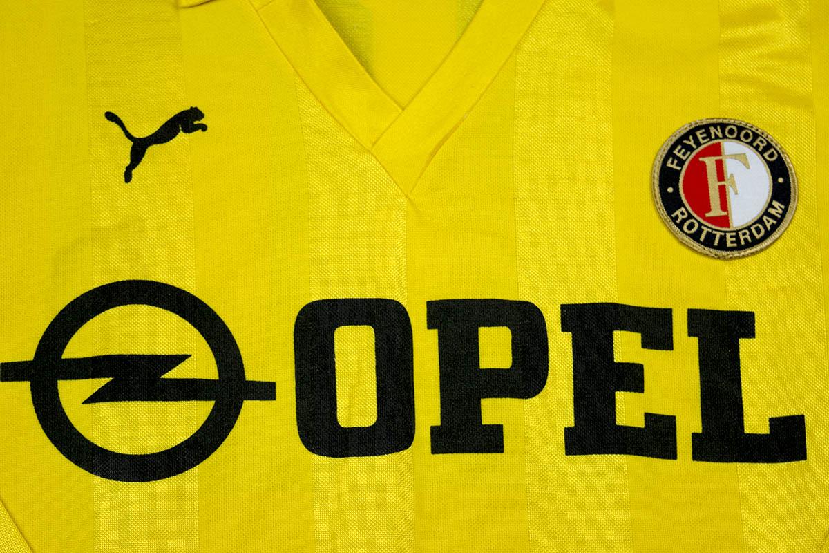 1984 - 1985, Feyenoord PUMA uitshirt, Nr 10 - Mario Been