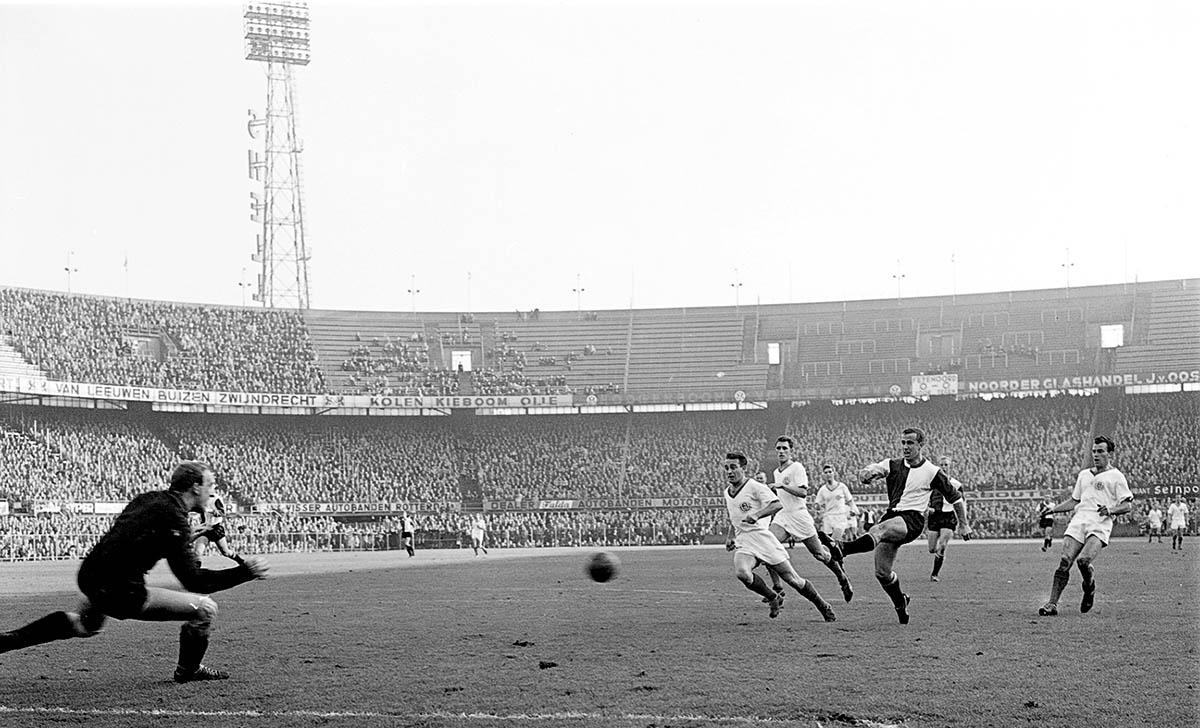 Feyenoord - Blauw Wit, 3 november 1963 - (3-0)
