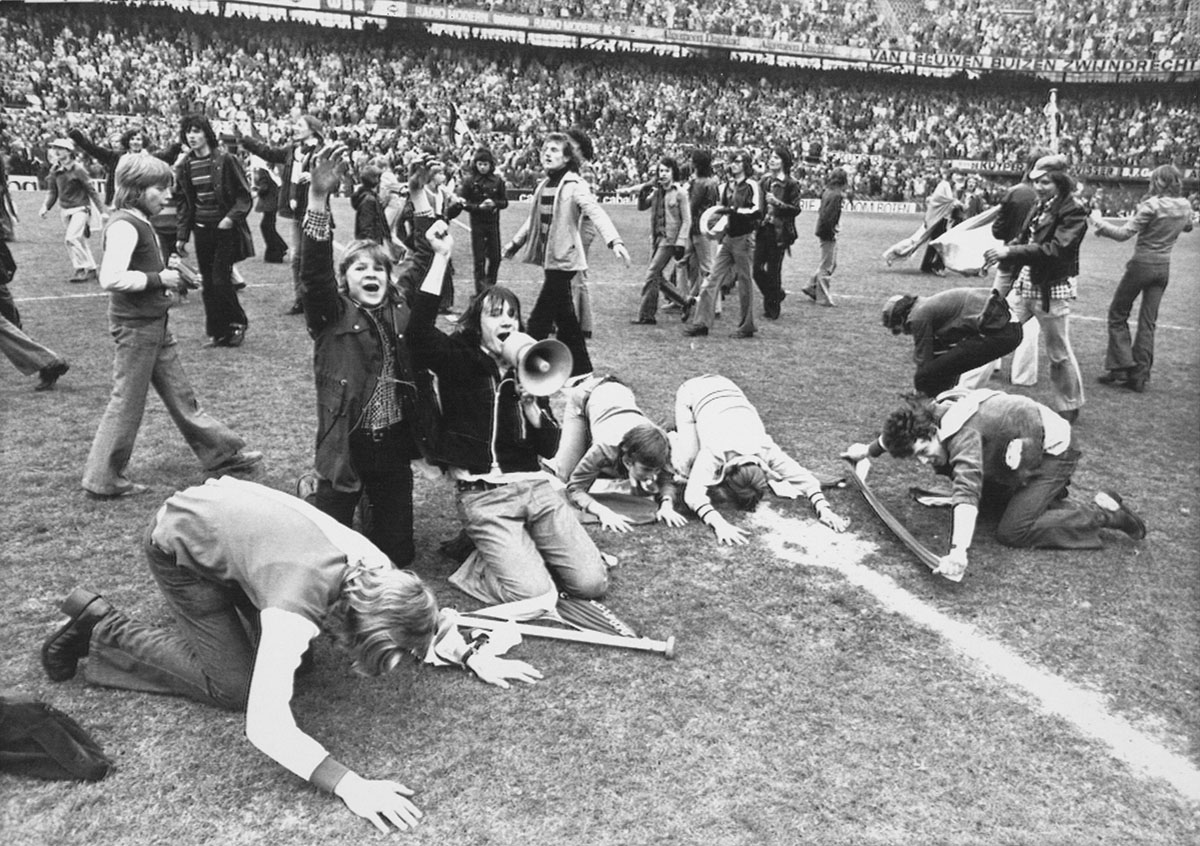 Foto's van Feyenoord's kampioenswedstrijd tegen FC Twente, 5 mei 1974